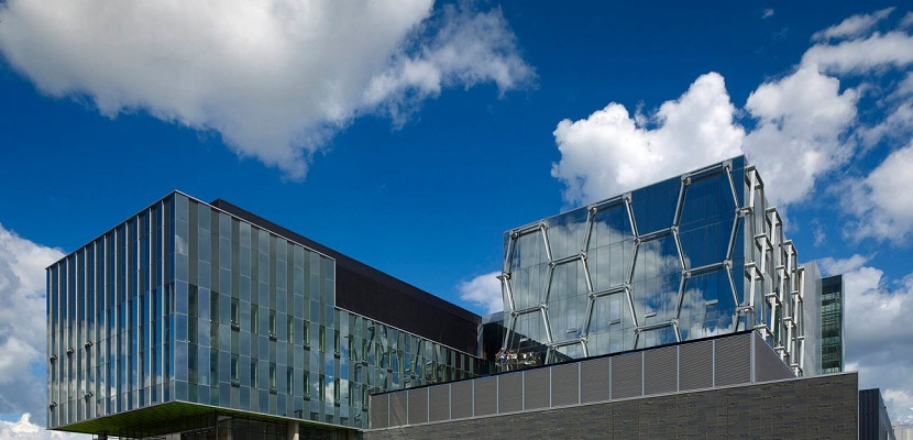 University of Waterloo <br/> Waterloo